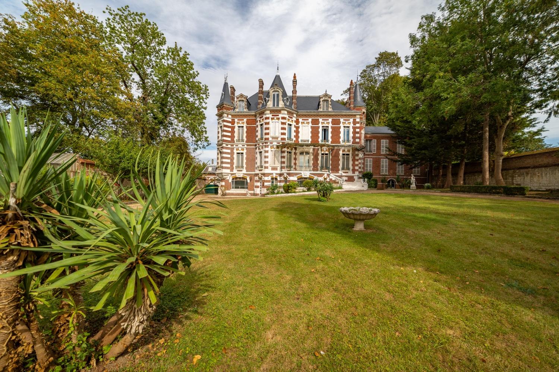 Immobilier : Jardin d'un chateau