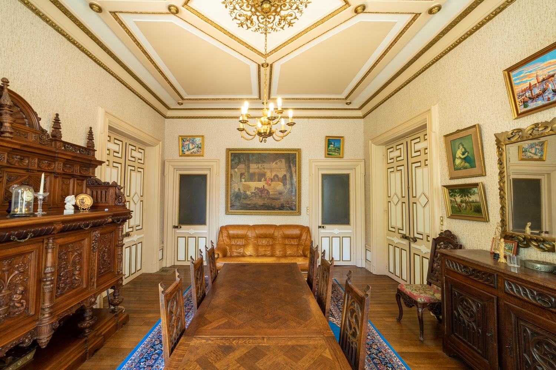 Immobilier : Salon dans un chateau