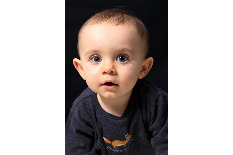 Petit garçon de 18 mois